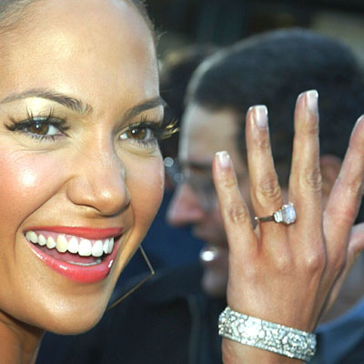 Jennifer lopez robbins brothers engagement rings for Jenn im wedding ring